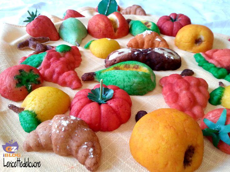 Frutta martorana, dei ''frutti'' deliziosi in pasta di mandorle, una ricetta tipica siciliana per le festività di tutti i santi, profumati e buonissimi