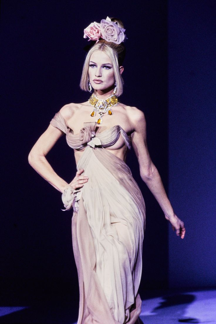Mugler Fall 1995 Couture Fashion Show | THIERRY MUGLER ...