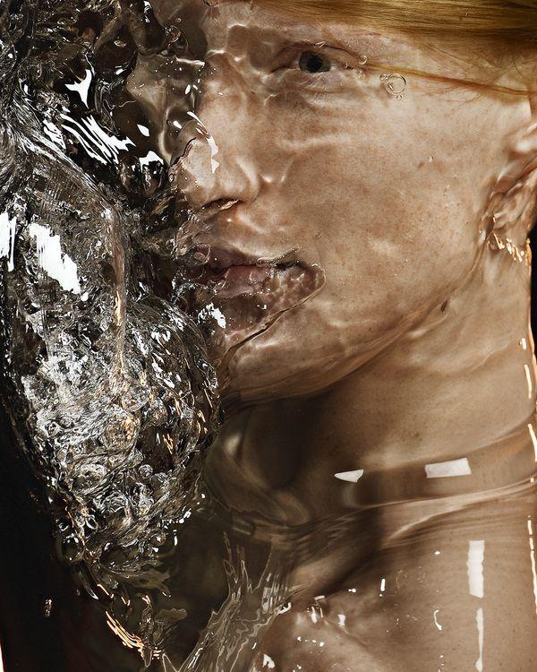 H2O (Portrait experimentation & Editorial for Amusement Magazine) by Romain Laurent & BRANSCH  http://www.behance.net/gallery/H2O/830677