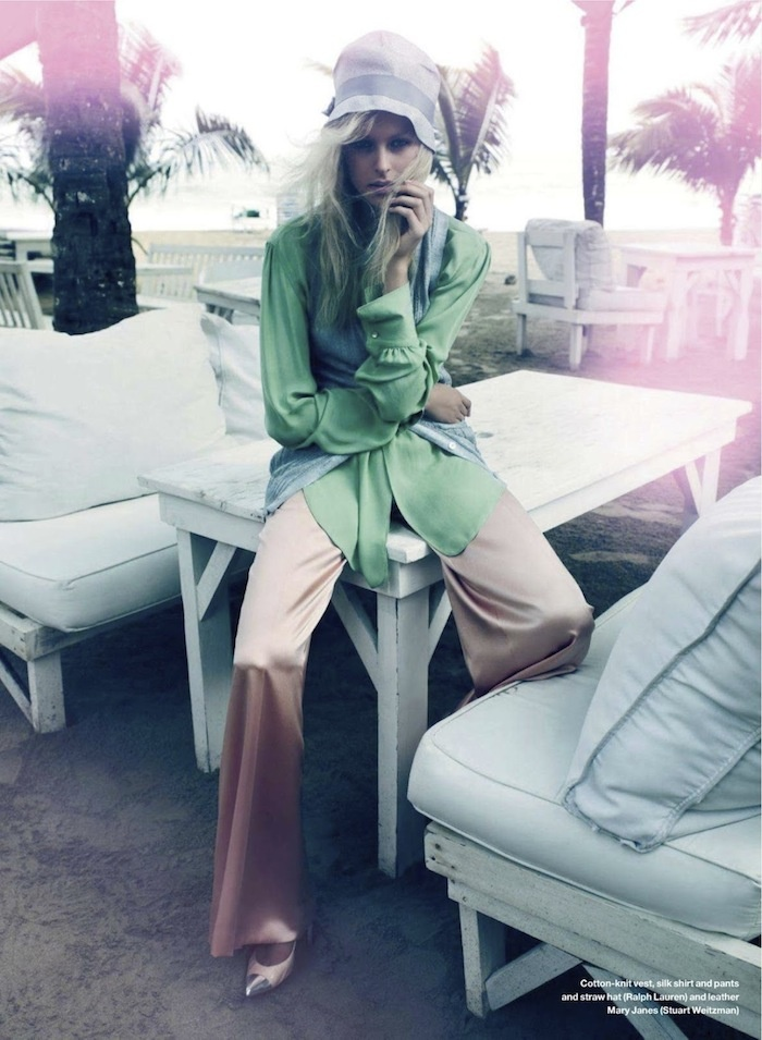 Love the whole look. Especially those pants: Ralph Lauren, Elle Canada, Shabby Chic Style, Pink Pants, Woman Clothing, Soft Pastel, Fashion Editorial, Fashion Women, Editorial Fashion