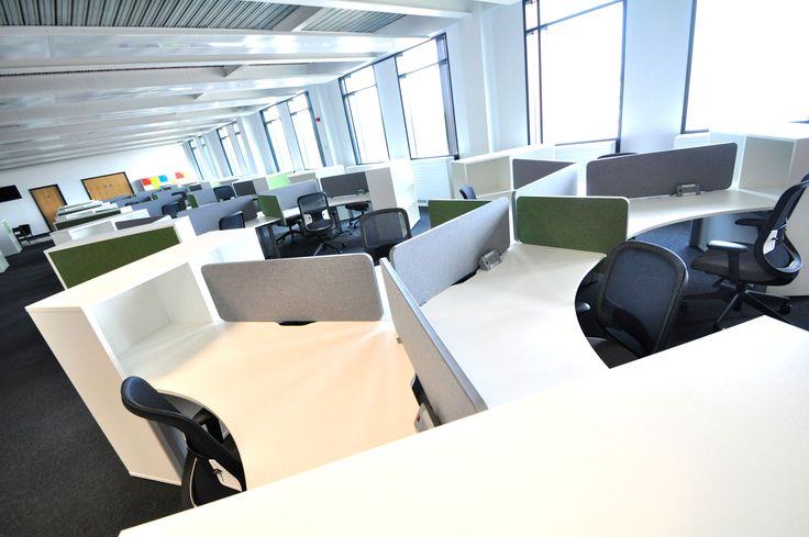 Swansea University: Science & Innovation Bay Campus. Symphony Delta bench desks with Do task chairs.