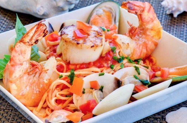Спагетти с морепродуктами. 10 лучших обедов, которые можно взять с собой на работу