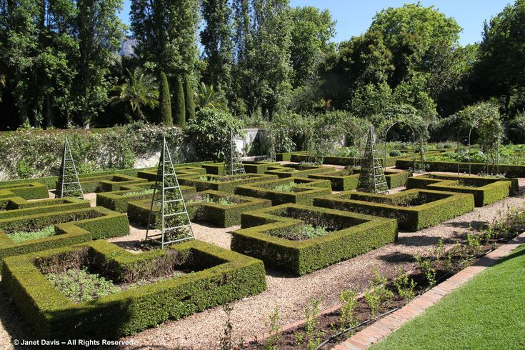Stellenberg-Walled Garden