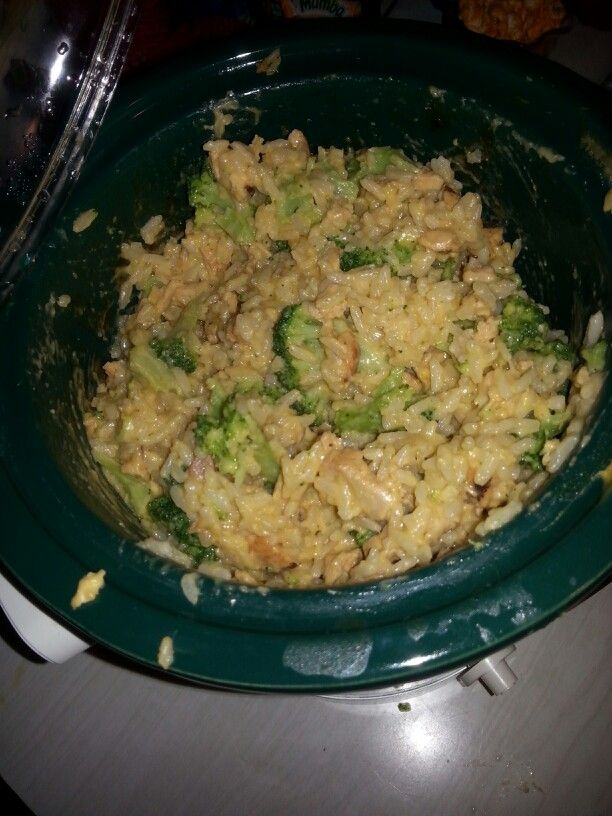 Crockpot cheesy chicken broccoli and rice 1tbsp veg.oil, 1 tbsp gar.salt, 2 lbs frozen boneless chicken breats or strips or cubes, salt and pepper, rice( white, or whole grain), 3/4 32 oz container of chicken broth, 1 can cream of broccoli, 1 can cream of chicken.( Add 1 to 2 cuos broccoli and 1 packet of velveta cheese 30 min before done).  Everything in the crockpot in that order on high for 4 to 5 hrs or low for 6 to 8 hrs. Stirring halfway.