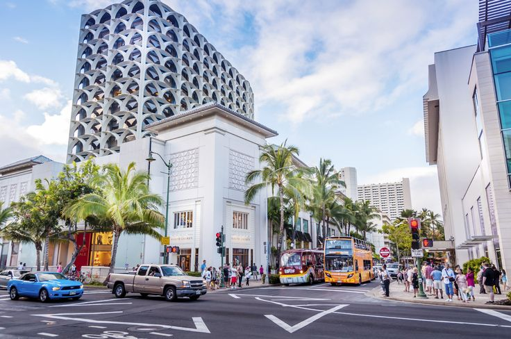 Bag a bargain with this ultimate shopping guide to Honolulu #escapesnaps