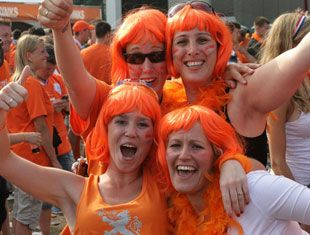 Queensday with Busabout