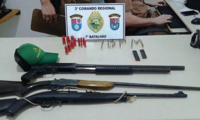 Três armas de fogo são apreendidas por policiais do 7º BPM em Cruzeiro do Oeste