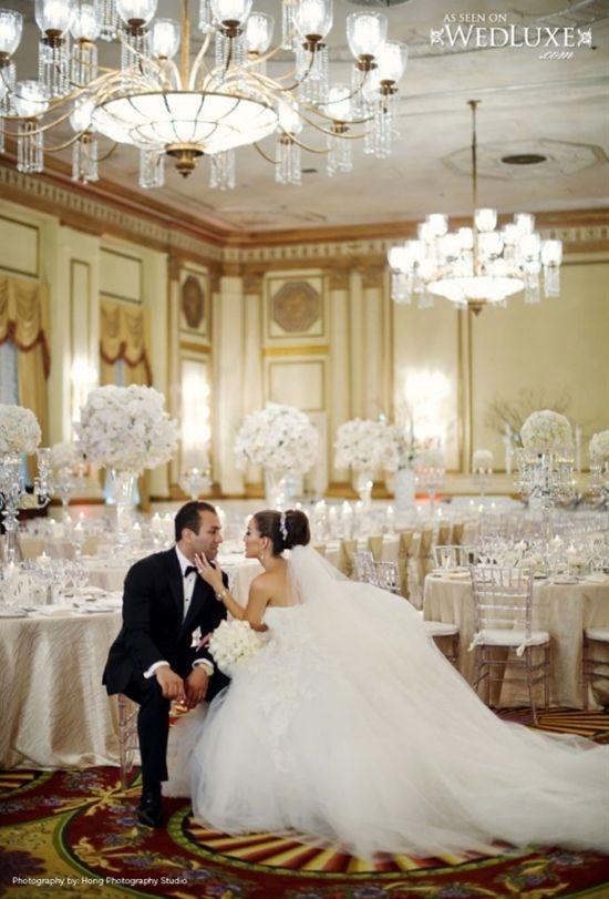 All White Wedding – Breathtaking