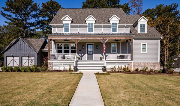 Stunning Modern Farmhouse In The Heart Of Roswell In Roswell Ga