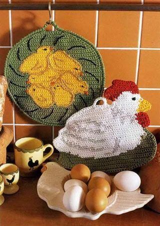Поделки своими руками: связанные крючком прихватки: курочка и цыплята - фото