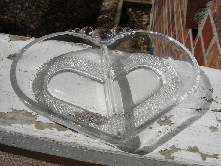 Duncan Miller Heart-shaped Teardrop Pattern 2-part Relish