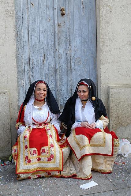 Il costume tradizionale di Oristano - The traditional folk costume of the city #Oristano #costume #folk #sardiniantradition