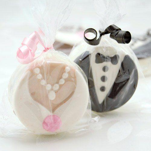@Lauren Hahn wedding favors!...Bride And Groom Chocolate Covered Oreo Cookies