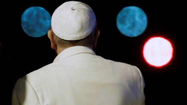 Las mejores fotos del papa Francisco en su gira por Asia. (AP)