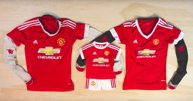 This is how dedicated Manchester United fans announce their pregnancy