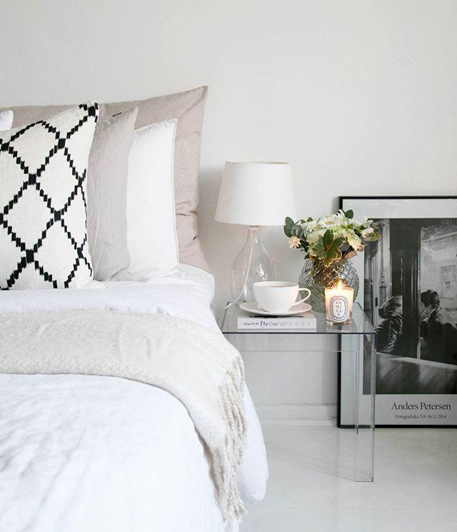 // Good Morning ☕ Have a super lovely weekend  // . . . . . . . .  #homestyle #bedroom #Interior#interiordesign #interiorstyling #Interior125#interior4all#interiorinspiration#interior123#homedecor #inredning #whiteinterior#interior_and_living #interiors#scandinavianinterior#likeforlike#like4like#interiørmagasinet #sfs#interior4you #nordiskehjem #interiorforinspo #instahome#interiors #passion4interior #interiores#interior2you#skandinaviskehjem #interior_and_living…