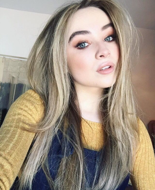 Hey I'm Sabrina obviously I'm 17 !Im super popular!My bestie is Madison More  like sister !Better than my actual sister oh well and I'm a triplet with Chloë *rolls eyes*And Austin *sighs*Single but I want a lover !