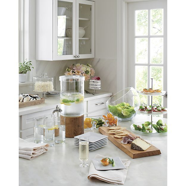 Serve and display your favorite beverages in style with pitchers, decanters and carafes from Crate and Barrel. Browse a variety of sizes, shapes and colors.