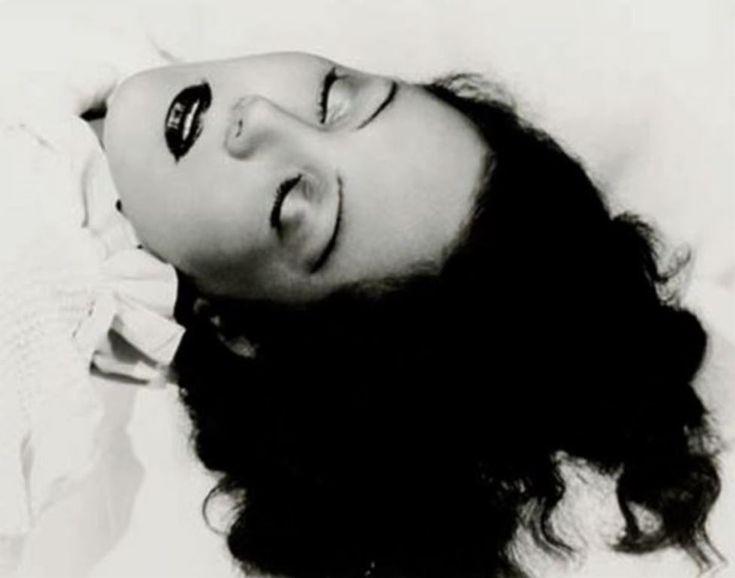 Daniel Masclet. Les yeux clos 1929