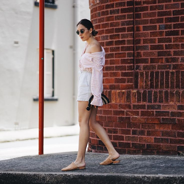 Fresh linen, breezy cotton... with summer still around, todays blog post is all about these beautiful materials and how I wear them.  Isabella Hung | Sydney Blogger (@digyhu) on Instagram