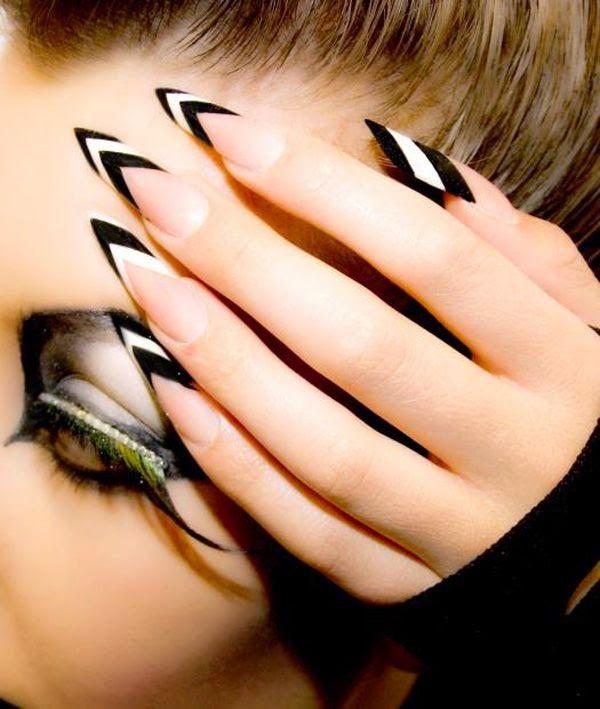 dirtbin designs: Pointed nails thanks Rihanna