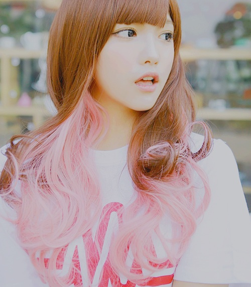 p u r i m a: Hair Ideas, Pink Tips, Candy Color, Pink Hair, Pink Dips Dyes, Chocolates Brown Hair, Chocolates Strawberries, Hair Style, Asian Hairstyles