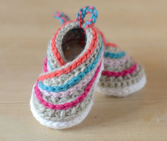 CROCHET PATTERN Baby Kimono Shoes - This is NOT A FINISHED ITEM. Make these Cute little Kimono Slippers for Baby in no time with a little worsted yarn. Very quick to finish, these little Baby Slippers are guaranteed to keep babys feet cozy and warm, even in the coldest of winters. And not just cute, but stylish also. Make them in multiple colours - great unisex design for both boys and girls.  The pattern is Intermediate Level. You need to be familiar with all the basic crochet stitches, as…