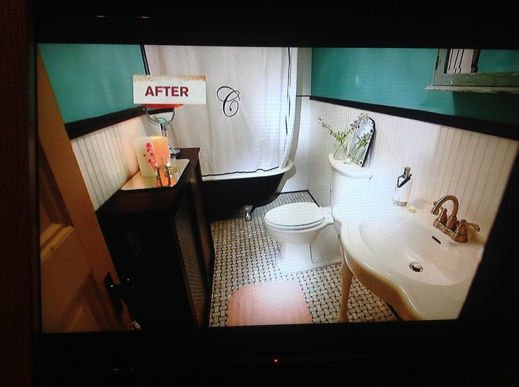 Bathroom Redux, Rehab Addict, Nicole Curtis Love The Colors, Love The Woven  Look