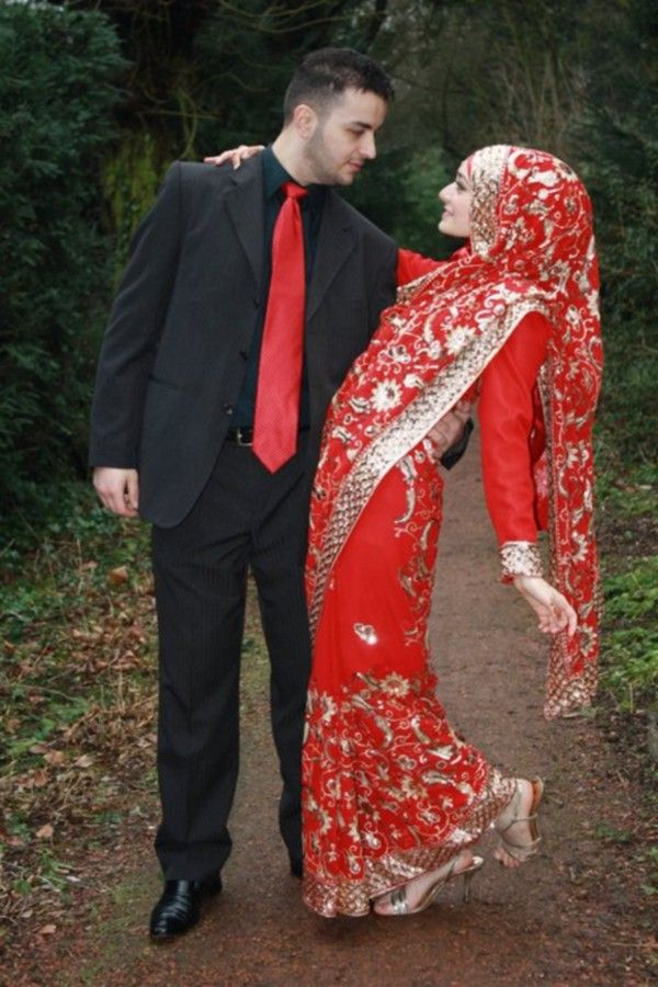 http://www.abeautyclub.com/wp-content/uploads/2013/02/Hijab-With-Saree-0.jpg Perfect Muslim Wedding  #MuslimWedding, www.PerfectMuslimWedding.com