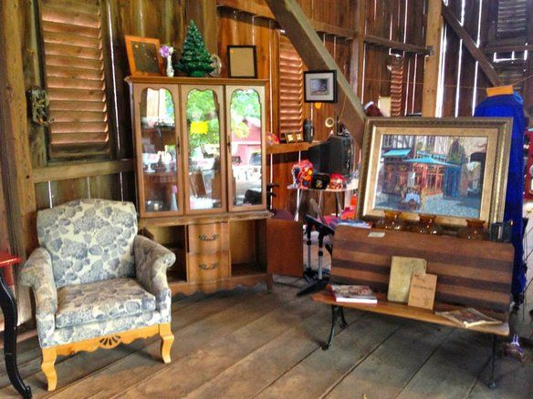 If You Are Planning To Be In The Gettysburg, PA Area Check Out The Barn  Yard Sale In Cashtown. Vintage Furniture, Repurposed Items And Home Decor.