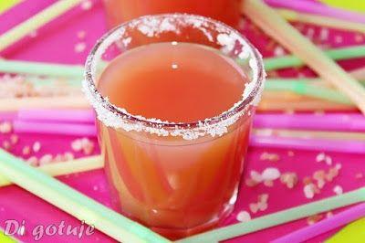 Di gotuje: Salty dog - drink z wódką i sokiem grejpfrutowym