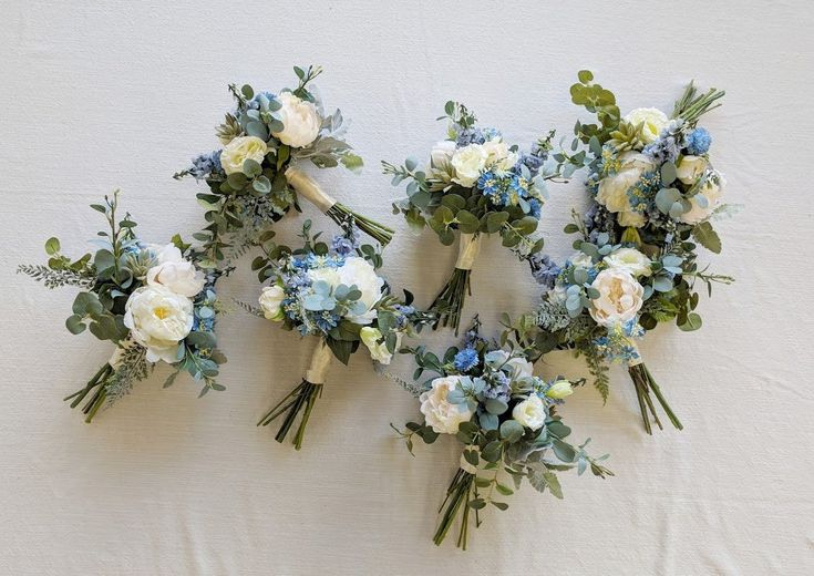 WELCOMEThank you for visiting our Etsy shop! The Faux Bouquets specializes in designing with high-quality, beautiful artificial flowers. Silk flowers are our passion!ABOUT THIS LISTINGAll listings are priced per piece and not as sets. We offer various size options to fit your desired floral visi