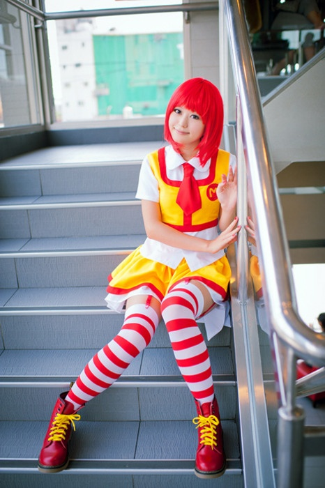 Female! Ronald McDonald | Cosplay | Cosplay, Cosplay girls ...