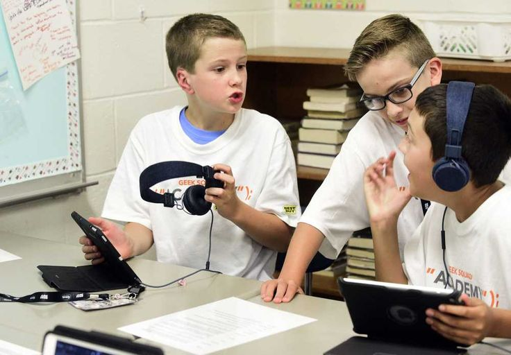 Middle-schoolers learn tech basics at Geek Squad Academy - Southeast Missourian