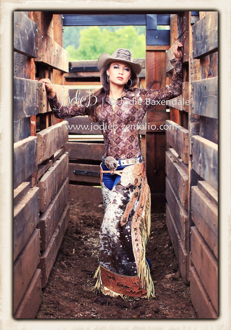 Rodeo Queen 2013 Miss Rodeo South Dakota ~ Kristina Maddocks © Jodie Baxendale