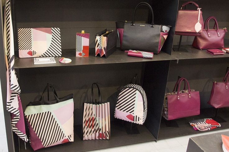 """Lulu Guinness founded her brand in 1989 in London, as she wanted to create the vintage """"rose basket bags"""", which are now part of the collection at the Victoria and Albert Museum. She has been aiming to create eccentric series with funny shapes mixed to a kind of surrealism. Inviting consumers to be bold and original. She has been appreciated in the world of fashion and she has opened some stores in London, New York, Tokyo  #whitemilano #whiteshow"""