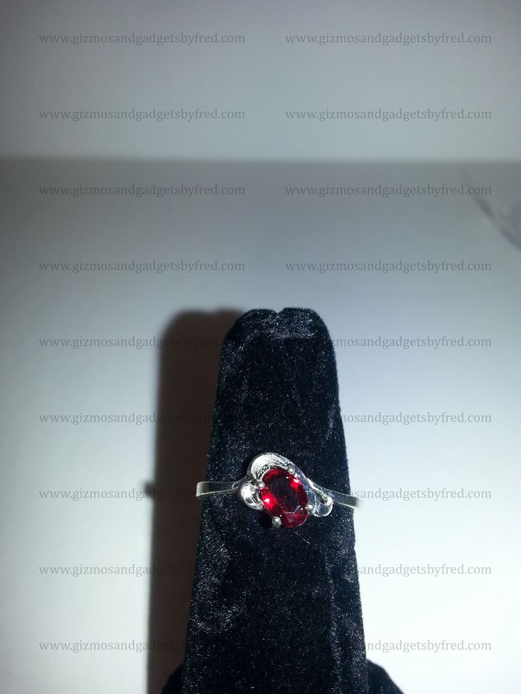 Beautifly crafted sterling silver ring with cubic zirconia. Top quality for a low price. This and much more designs at gizmosandgadgetsbyfred.com