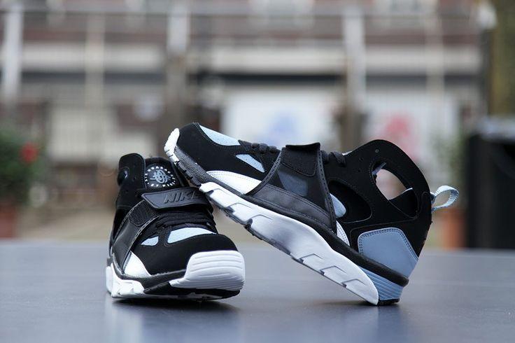 """Nike Air Trainer Huarache """"Black, White & Cool Blue"""""""