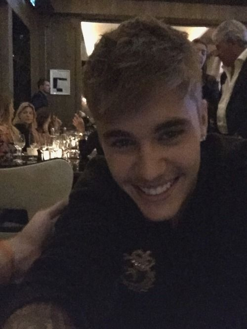You're smile makes me smile, Justin (: