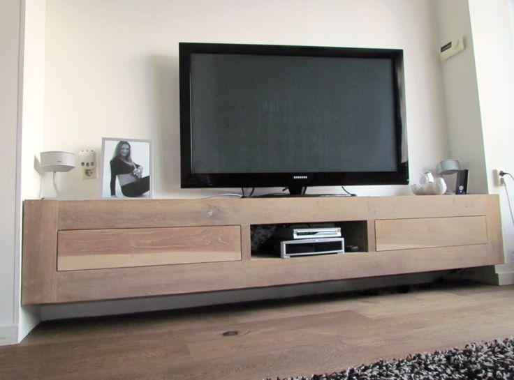 Eiken tvmeubel   zwevend tv-meubel van eiken   hangend tv-meubel van eiken, de Steigeraar