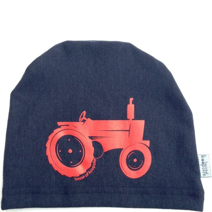 tractor: owl on heather blue Our fleece-lined bamboo jersey, graphic print hat is a family favorite amongst the House of Koopslie community.  It is the perfect accessory for everyday wear, underneath a sports helmet or for family photos.  Our graphic hats are made out of our favourite fleece-lined bamboo blend – 66% bamboo, 28% cotton, 6% spandex and 100% awesome.