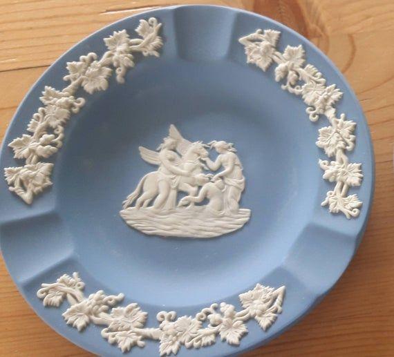 Wedgwood Jasperware pale blue vintage 1970/'s  blue dish