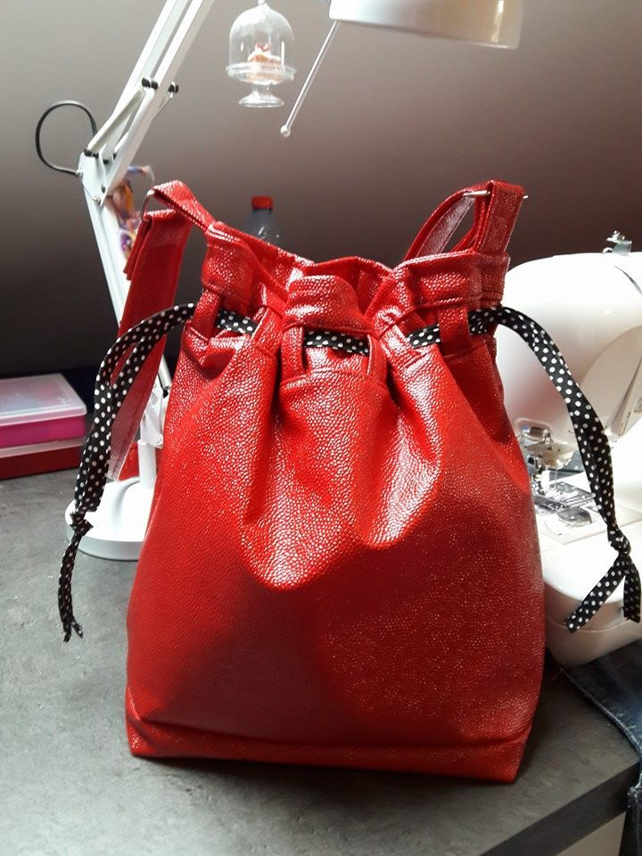 sac seau calypso cousu par mag 39 cr ations patron de couture sac tin sacs. Black Bedroom Furniture Sets. Home Design Ideas