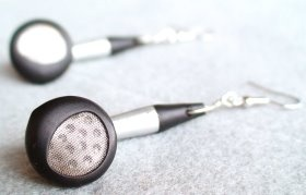 How to make Headphone Earrings - DIY Craft Project with instructions from Craftbits.com