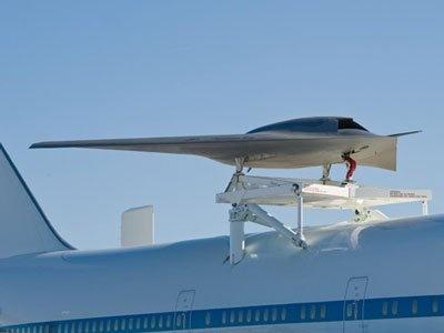 Phantom Ray atop a B747