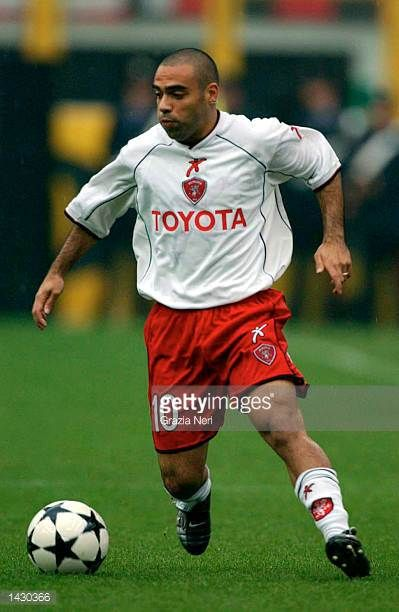 Fabrizio Miccoli of Perugia in action during the Serie A match between AC Milan and Perugia played at the Guiseppe Meazza San Siro Stadium Milan...