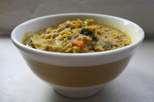 Lentil dahl with Cauliflower, Spinach, and Potatoes & homemade Chapati Bread #lentils
