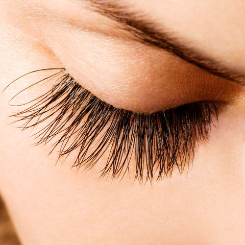 The Danger of Eyelash Extensions