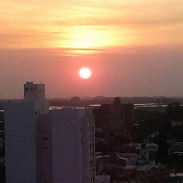 Belleza natural... ir a lo interior implica hacer silencio contemplar y encontrar el valor de lo que somos... #reflexion #amor #vida #love #nature #myphoto #cute #sinfiltro #lovely #beautiful #atardecer #sunset #SantaFe #Argentina #placer #city #today #Instagram by cristielias