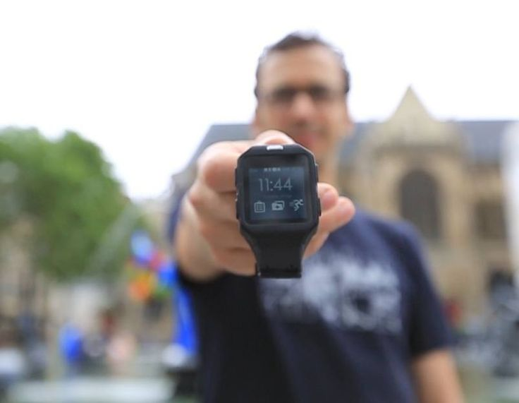 SOWATCH can track your activity throughout the day so you can stay on top of your fitness with easy to understand metrics.